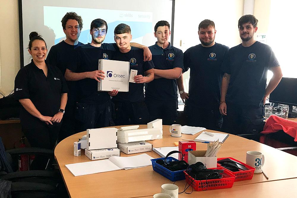 Leading Intruder Alarm Manufacturer 'Orisec' Donate Equipment For EFT Apprentices To Further Develop Skills